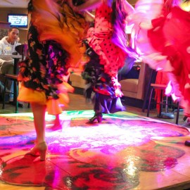 Flamenco Fantastico perorming at Zorba's Restaurant