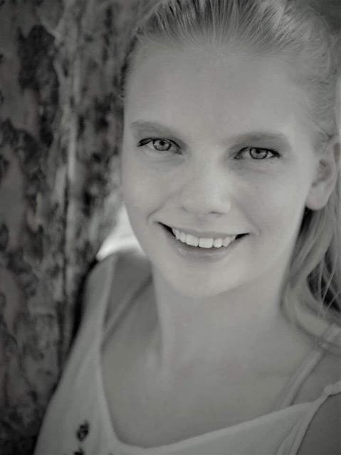 Halee Harder, Instructor